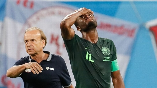 Rohr with Mikel during the 2018 Fifa World Cup in Russia