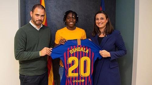 Barcelona sign Asisat Oshoala on a permanent deal
